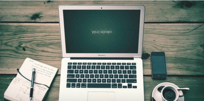 Free-Macbook-Air-Photo-Mockups