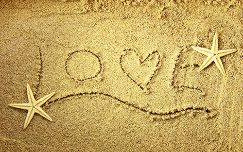 Love-on-sand-Image-for-valentines-day-2014