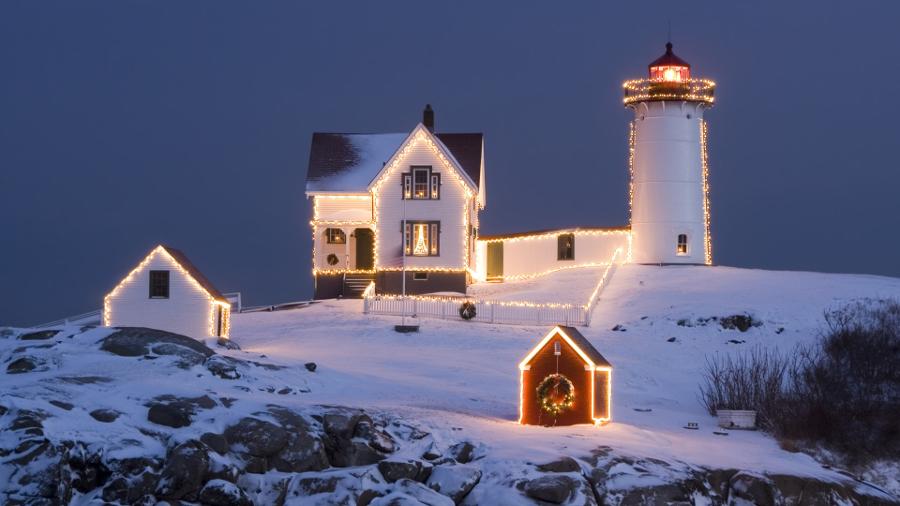Christmas-Light-House-Wallpaper