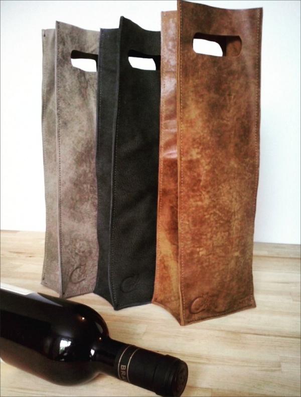 Leather-Wine-Holder-Packaging-Design