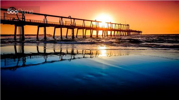 Sunrise-at-a-beach-590x329