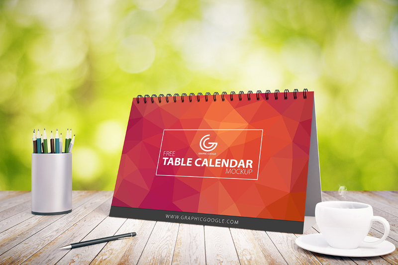 Table-Calendar-2017-Mockup