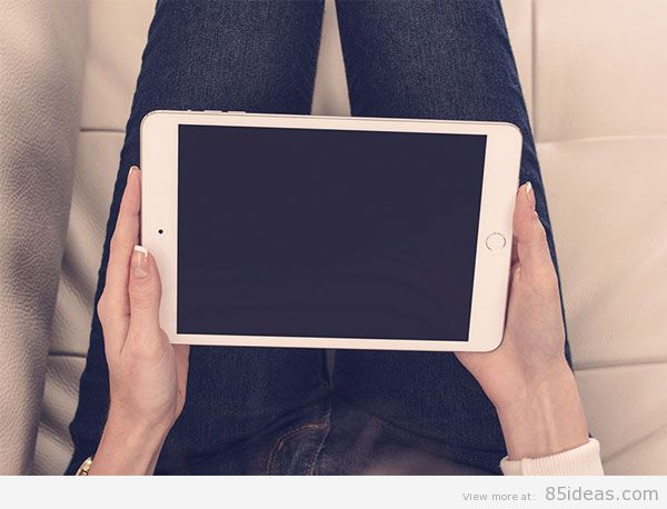 iPad-mini-3-in-a-relaxed-home-setting